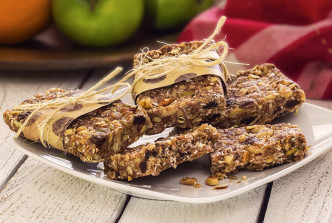 Cinnamon Raisin Energy Bars - Paleo Food Cooking